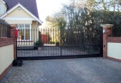 gates_railings11